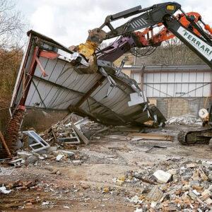 Ferrari-Demolition-02